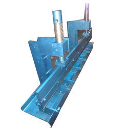 Semi Automatic Sheet Bending Machine