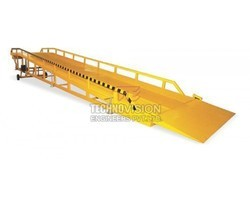Hydraulic Loading Dock Ramp