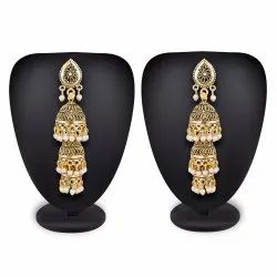 PR Fashion Launched Beautiful Earrings Set in Golden Color