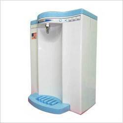 Abs Plastic Electric Water Purifier, Capacity: 7.1 L to 14L