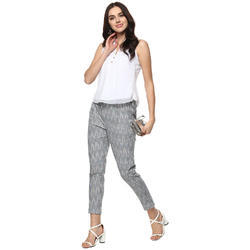 Slim Fit Darzaania Ladies High Quality Handloom Cotton Trouser