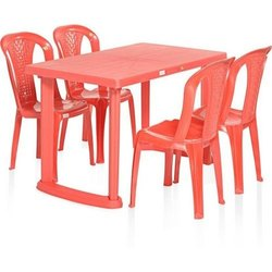 Megafab Plastic Dining Table for Restaurant