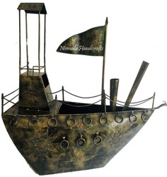 Decorative Iron Old Fashioned Ship Showpiece