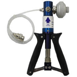 R&D Pneumatic Hand Pump, HP-25, Max Flow Rate: -0.85 to + 25 bar
