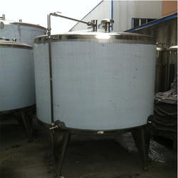 Mirror Finish SS Storage Tank