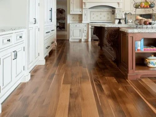 Wooden Laminate Flooring for Kitchen