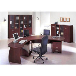Executive Modern Office Table