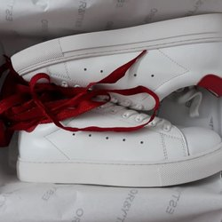 White Unisex Ladies Leather Shoes