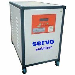 Three Phase Iron Industrial Servo Stabilizer, 750 KVA