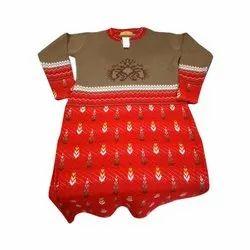 Full Sleeve Ladies Party Wear Woolen Kurti, Size: M-L