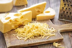 Dudhiya Dairy Type: Box Cheese, Buffalo Mik, Packaging Size: 1kg Block