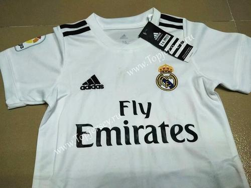 the best attitude 210b3 af064 Men Adidas White Football Jersey Real Madrid | ID: 15024776612