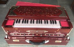 4 Line 13 Scale Special Quality Harmonium in Leaker Polish