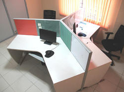 3 Seater Workstation
