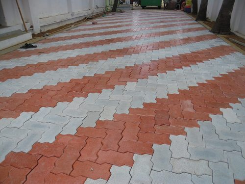 Zig-zag Zigzag / Unipaver Paver Block, Rs 15 /piece Shila Infra Material  Private Limited   ID: 19056876888