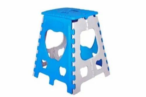 Stupendous Plastic Folding Stools 18 Inch Creativecarmelina Interior Chair Design Creativecarmelinacom