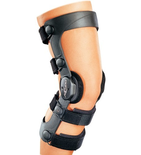 f895e7274b Donjoy Knee Brace 4 Titude, Rs 15300 /unit, I Touch Surgical | ID ...