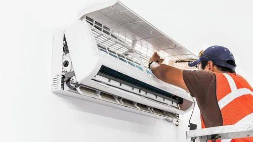 Split Air Conditioner Servicing