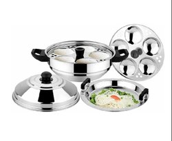 10 Idli Pot With Steamer Plate