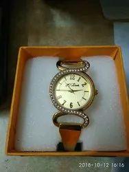 Empro's Ladies Golden Bracelet watch