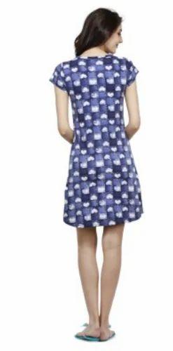 Ladies Apparel - Bongio Women Plain v-Neck T-Shirt Manufacturer from  Greater Noida d82def843