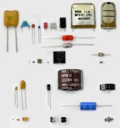 Capacitors - SMD / Through Hole - Full Range