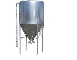 WIPL Storage Tank