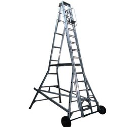 Aluminium Supported Extension Ladder With Small Wheel