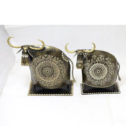 Iron Bull Antqui Bull Of Set Of 2 Piece
