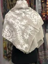 Saana White Fine Wool With Towel Embroidery, For Hotel, 250-350 GSM