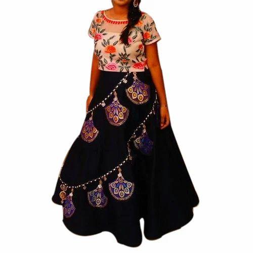 8b2df010c3 Ladies Half Sleeve Crop Top And Skirt, Size: S-XL, Rs 9000 /set | ID ...