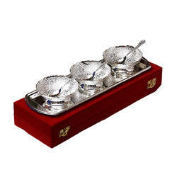 Traditional Silver Plated Bowl Set