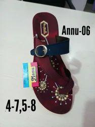 PU Manu Ladies Slippers, Packaging Type: Carton Box