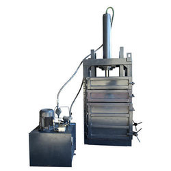 Vertical PET Bottle Baling Machine