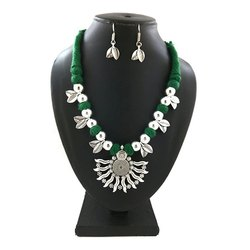 Oxidized Dark Green Leaf Necklace Set