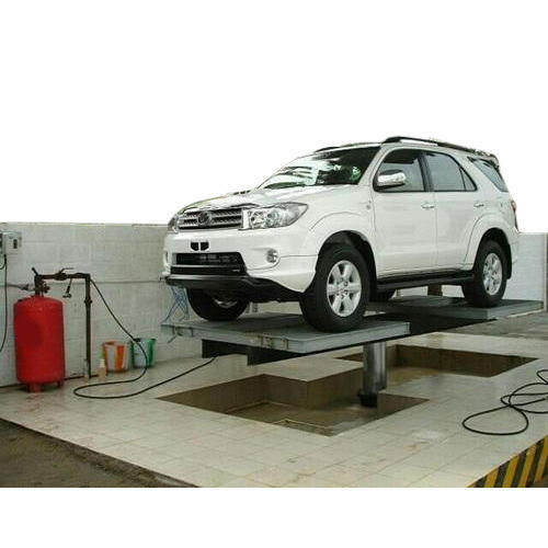 Maruti Hydraulic Car Washing Lift With Tyre Rest Platform Trp Rs