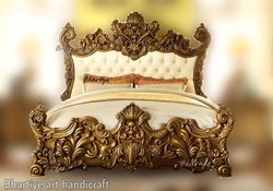 Wooden Teak Bed Italian Design Bed, Size: 6feet x 6.5feet