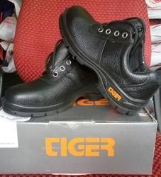 Tiger Safety Shoes Buy And Check Prices Online For Tiger Safety Shoes