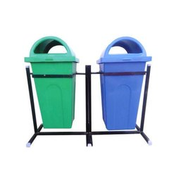 Outdoor Plastic Dustbin With Stand