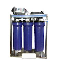 25 LPH Reverse Osmosis Plant, Number of Membranes in RO: 2, 0-200