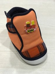 Kitkat 2768 Orange Kids Booties, Packaging Type: 5 Box / Set, Size: 3 - 7