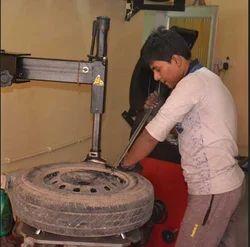 Tyre Reparing Service