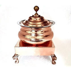 Copper Hammered Mini Hyatt Handi with Heritage Chowki