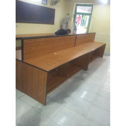 Computer Lab Table with partition