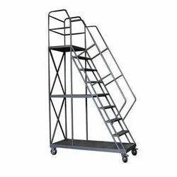 Light Hand Tower Ladder