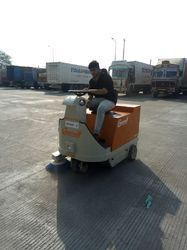 Battery Operated Sweeping Machine for Floor