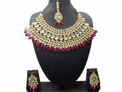 Kundan Necklaces Sets