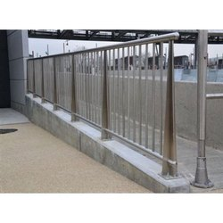 Stainless Steel Balcony Railing, Material Grade: SS302