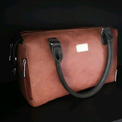Ozo Plain Ladies Leather Hand Bag