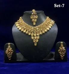 Artificial Stone gold Chandelier Necklace Set